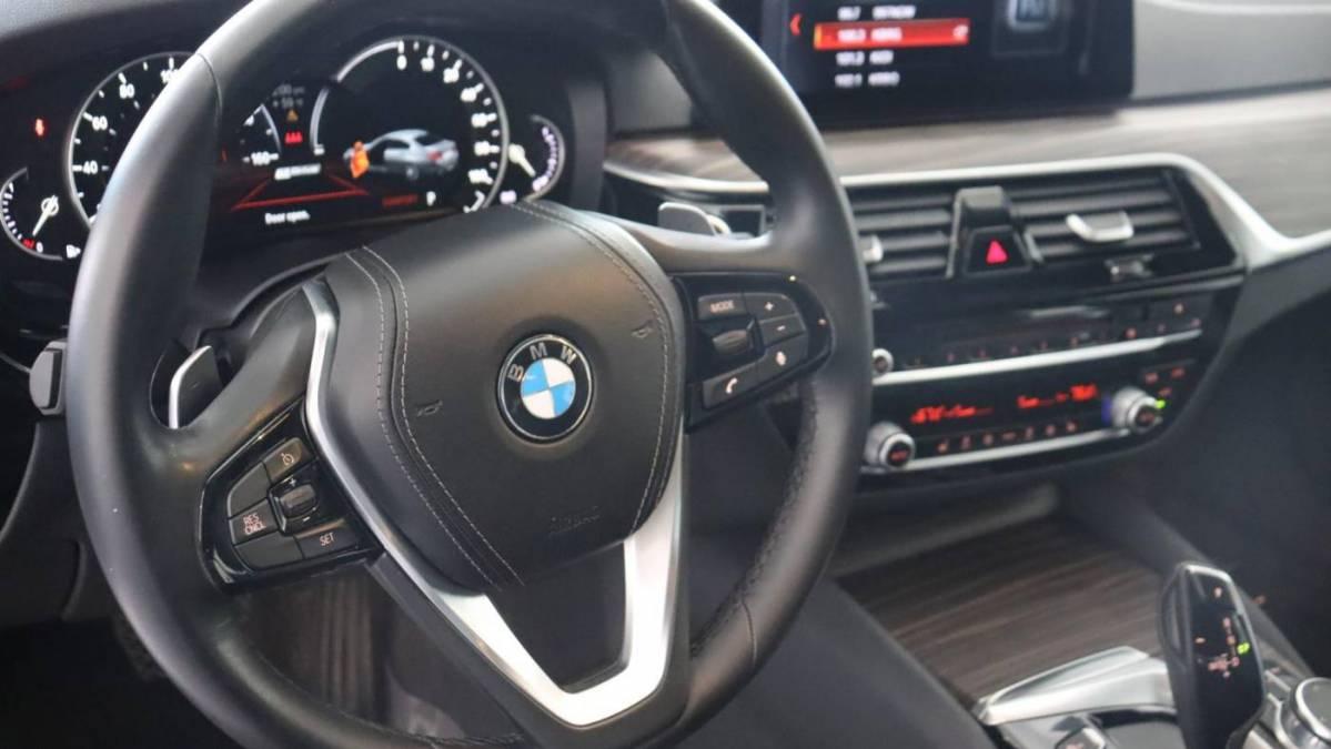 2018 BMW 5 Series WBAJA9C59JB033045