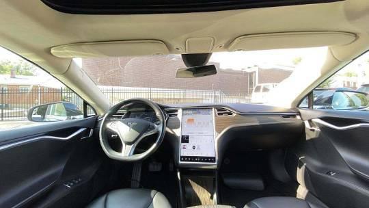 2015 Tesla Model S 5YJSA1H25FFP70853