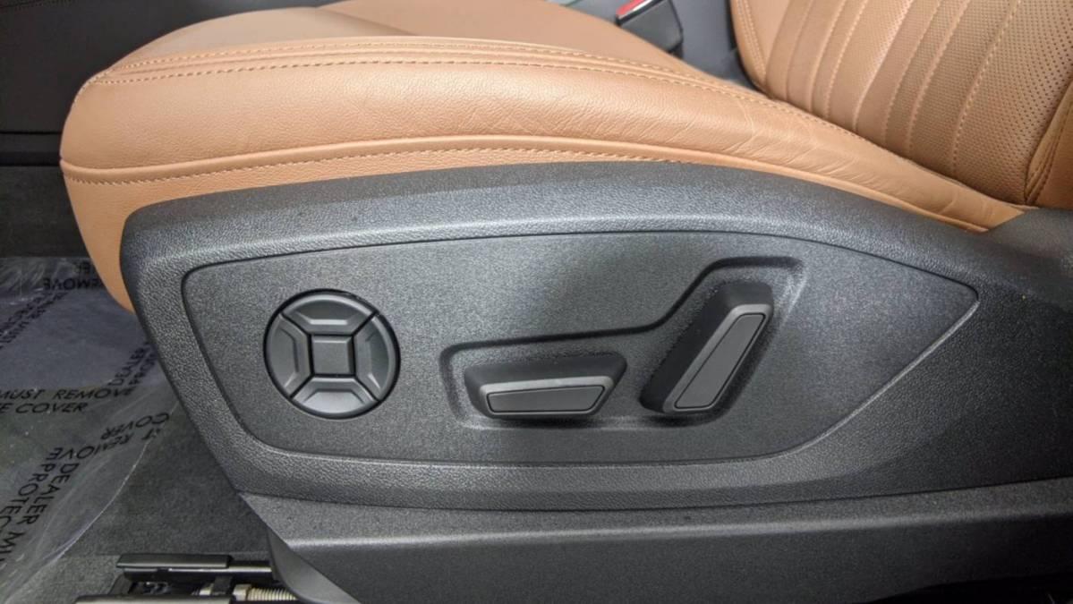 2019 Audi e-tron WA1LABGE7KB021954