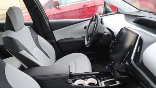 2017 Toyota Prius Prime JTDKARFP9H3021101