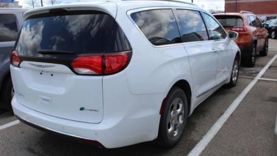 2019 Chrysler Pacifica Hybrid 2C4RC1L74KR567754