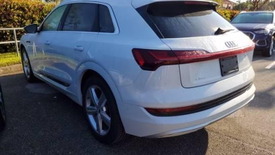 2019 Audi e-tron WA1LAAGE8KB00481P