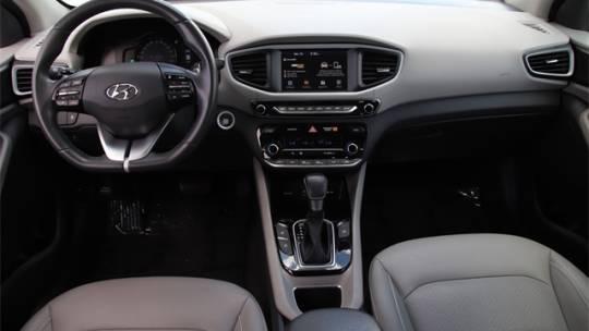2018 Hyundai IONIQ KMHC75LD3JU104153