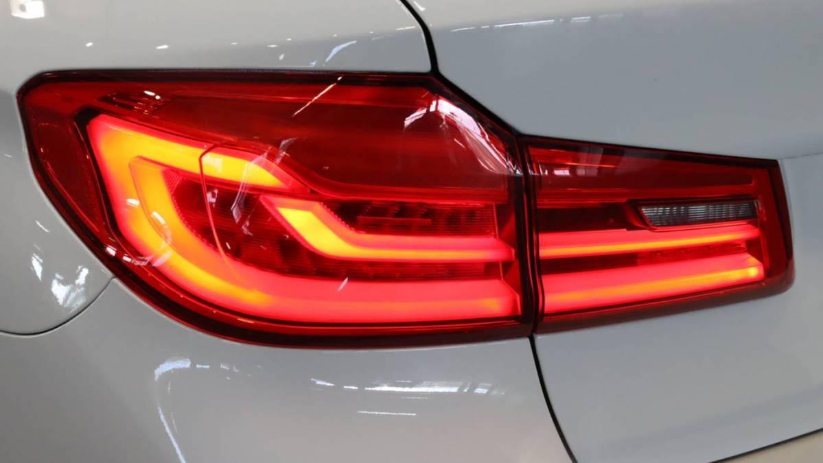 2018 BMW 5 Series WBAJB1C55JB083763