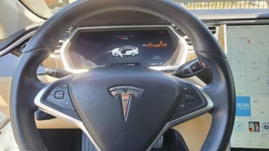 2013 Tesla Model S 5YJSA1DP7DFP05629