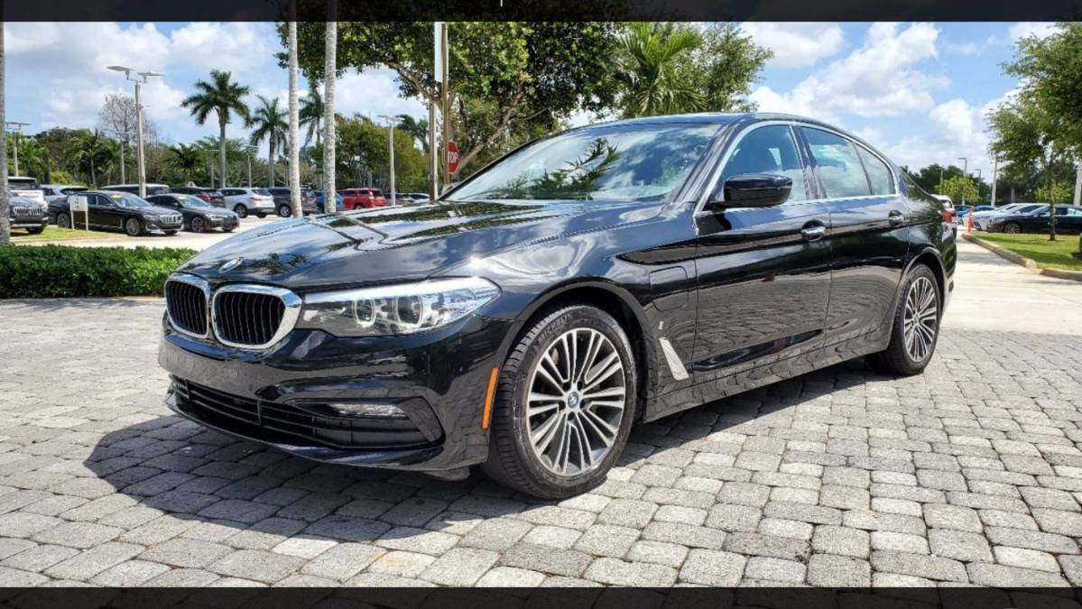 2018 BMW 5 Series WBAJB1C51JB085154