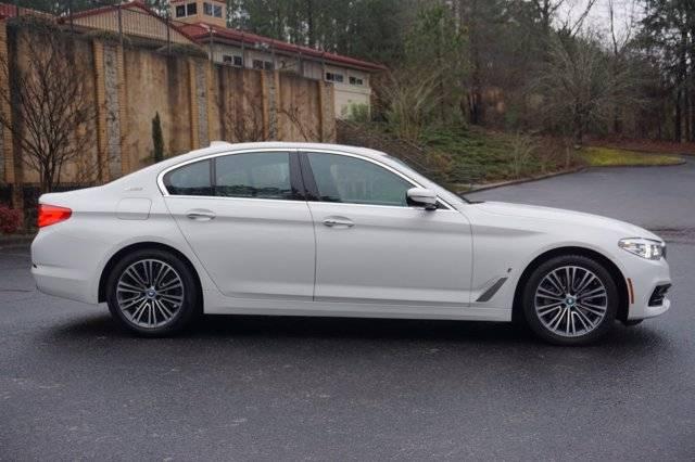 2018 BMW 5 Series WBAJA9C57JG623148