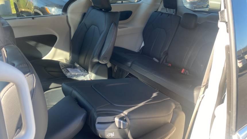 2020 Chrysler Pacifica Hybrid 2C4RC1L74LR100058