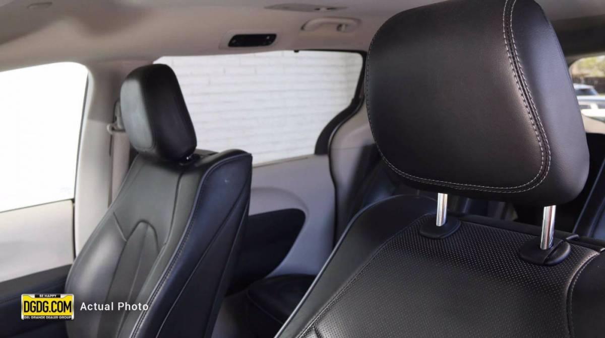 2018 Chrysler Pacifica Hybrid 2C4RC1N79JR213496