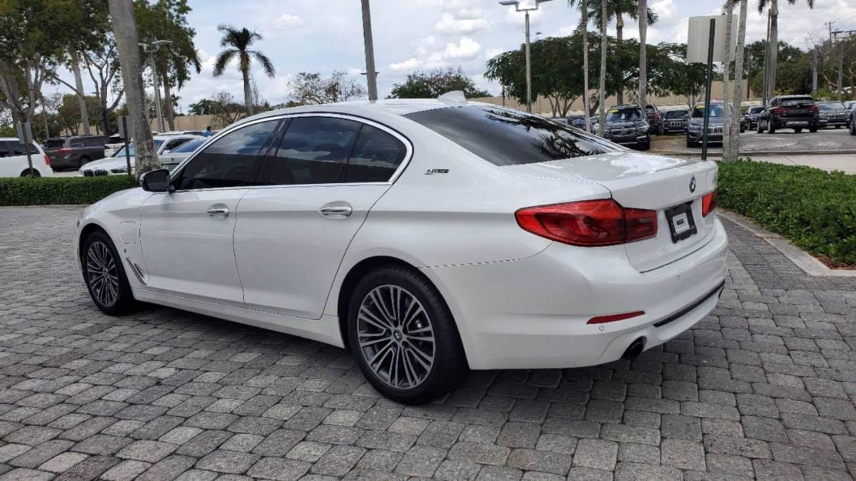 2018 BMW 5 Series WBAJA9C53JB250204