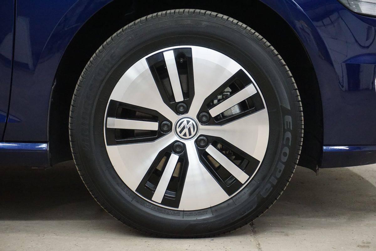 2019 Volkswagen e-Golf WVWKR7AU3KW902151