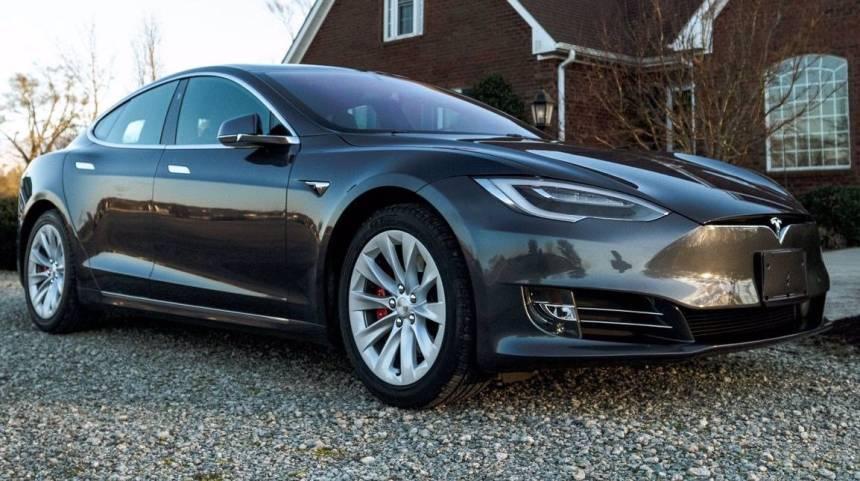 2018 Tesla Model S 5YJSA1E43JF293211