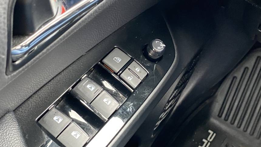 2018 Toyota Prius Prime JTDKARFP8J3075169