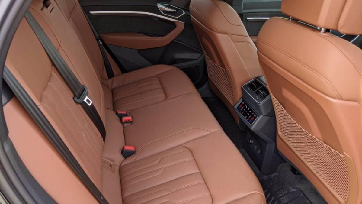 2021 Audi e-tron WA1VAAGE7MB016341