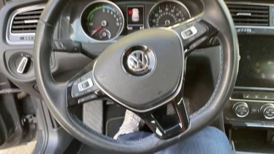 2017 Volkswagen e-Golf WVWKR7AU3HW954338