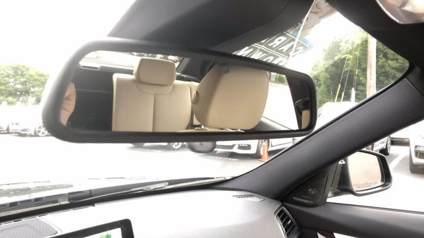 2017 BMW 3 Series WBA8E1C36HA029344