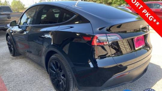 2021 Tesla Model Y 5YJYGDEE2MF102725