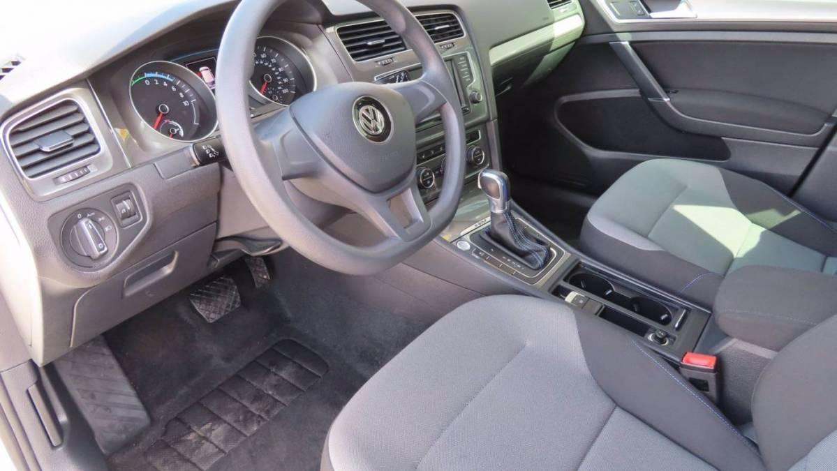 2016 Volkswagen e-Golf WVWKP7AU7GW917314