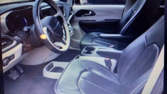 2018 Chrysler Pacifica Hybrid 2C4RC1N76JR213763