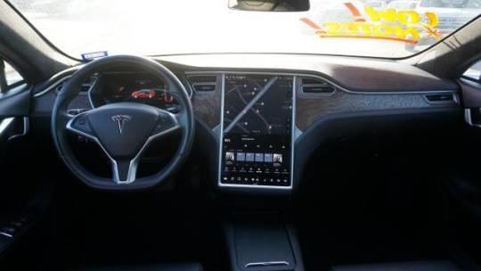 2017 Tesla Model S 5YJSA1E23HF189519
