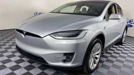 2016 Tesla Model X 5YJXCAE26GF004572
