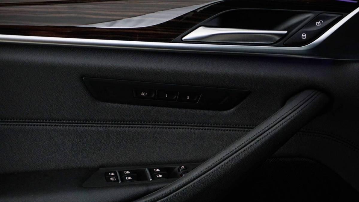 2018 BMW 5 Series WBAJB1C59JB085144