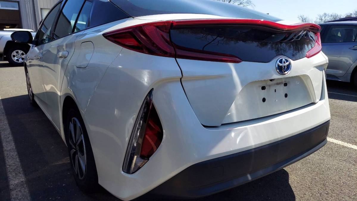 2017 Toyota Prius Prime JTDKARFPXH3011547