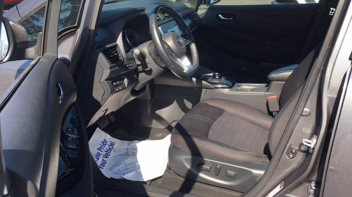 2018 Nissan LEAF 1N4AZ1CP0JC301169