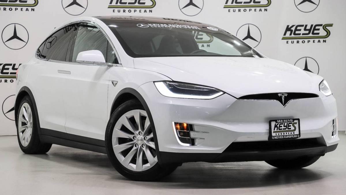 2018 Tesla Model X 5YJXCAE25JF102368
