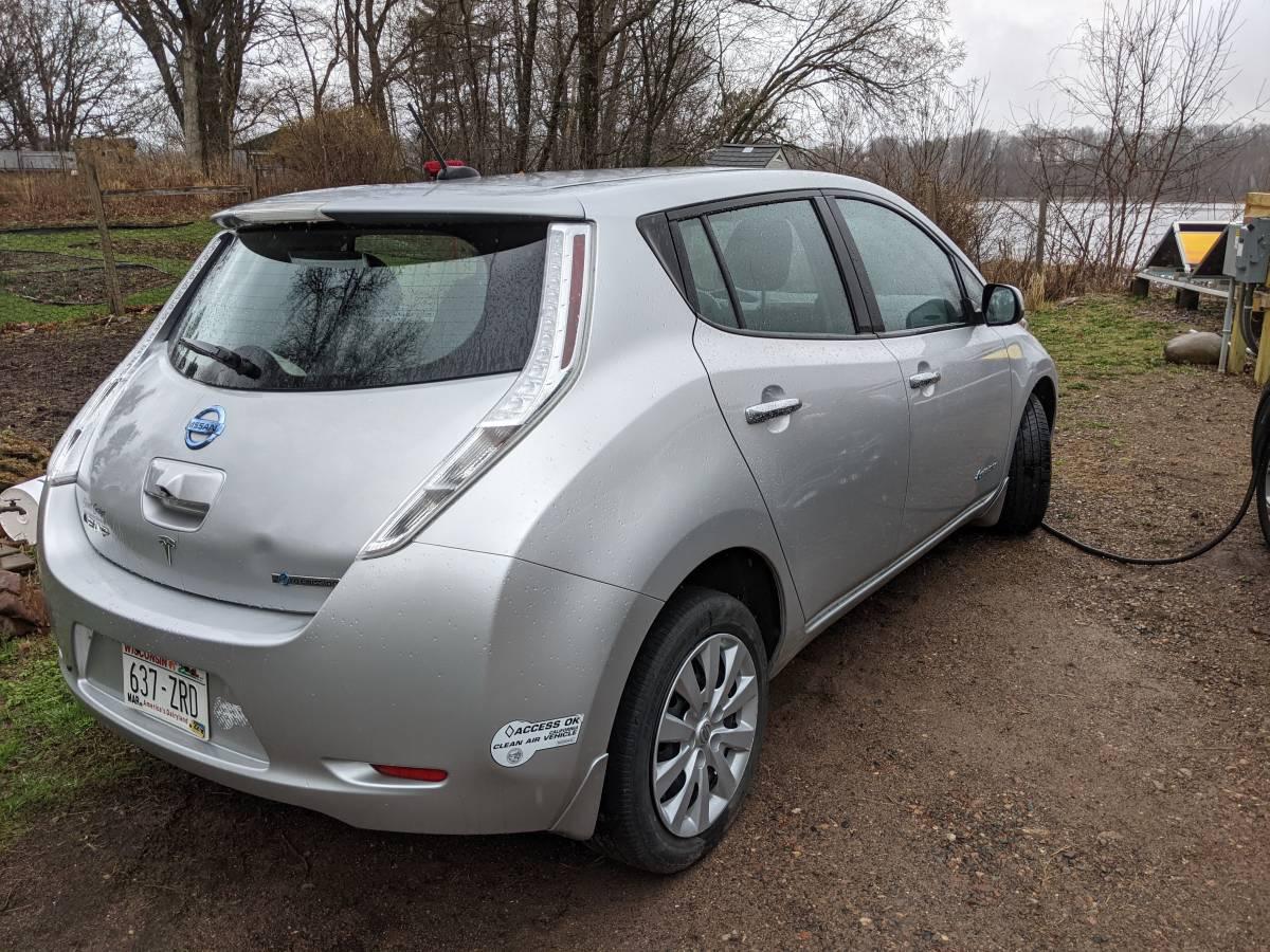 2015 Nissan LEAF 1N4AZ0CPXFC303321