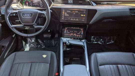 2019 Audi e-tron WA1LAAGE1KB022995