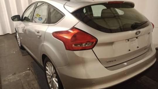 2017 Ford Focus 1FADP3R40HL343623