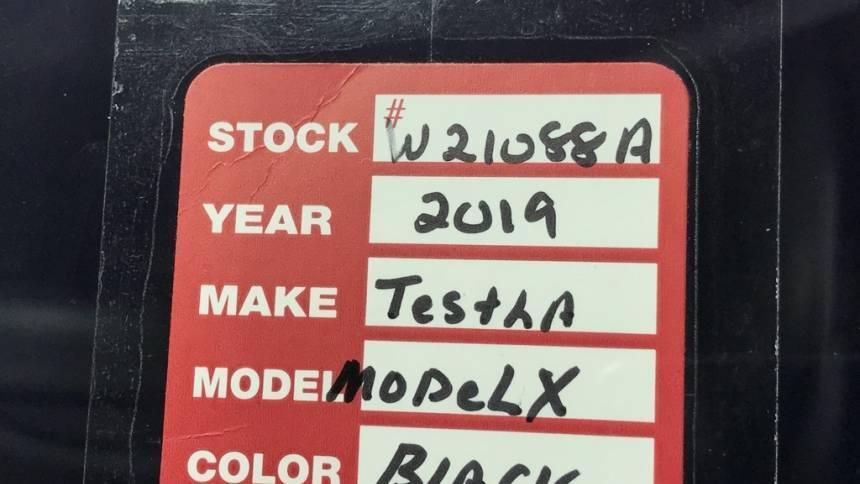 2019 Tesla Model X 5YJXCAE41KF150579