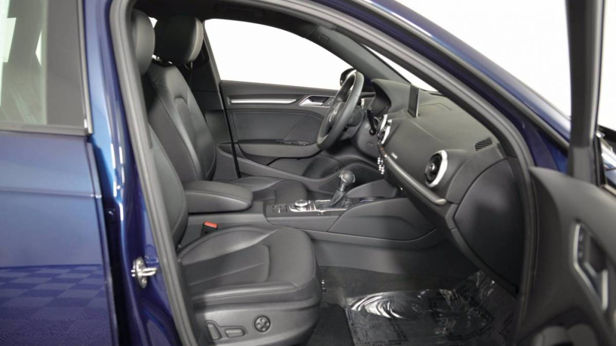 2018 Audi A3 Sportback e-tron WAUUPBFF2JA108973