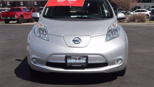 2015 Nissan LEAF 1N4AZ0CP9FC323804