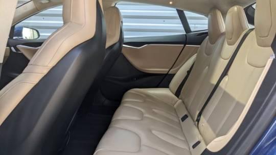 2016 Tesla Model S 5YJSA1E24GF133930