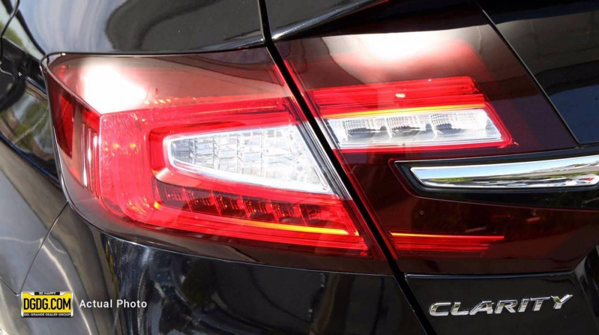 2018 Honda Clarity JHMZC5F37JC021097