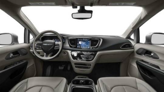 2018 Chrysler Pacifica Hybrid 2C4RC1N74JR118151
