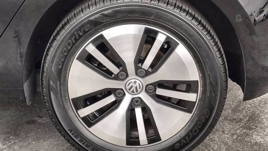 2016 Volkswagen e-Golf WVWPP7AU4GW912352