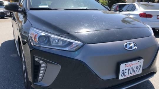 2018 Hyundai IONIQ KMHC75LH8JU031445