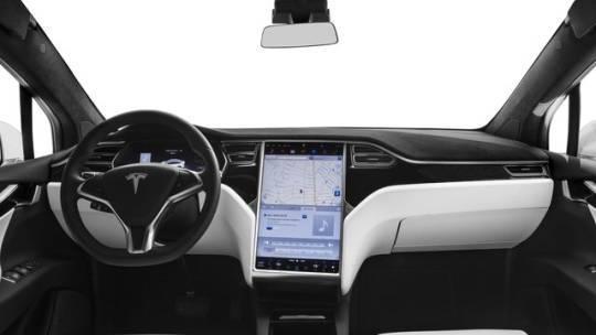 2016 Tesla Model X 5YJXCAE40GFS00329