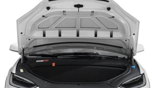 2017 Tesla Model X 5YJXCBE21HF065657
