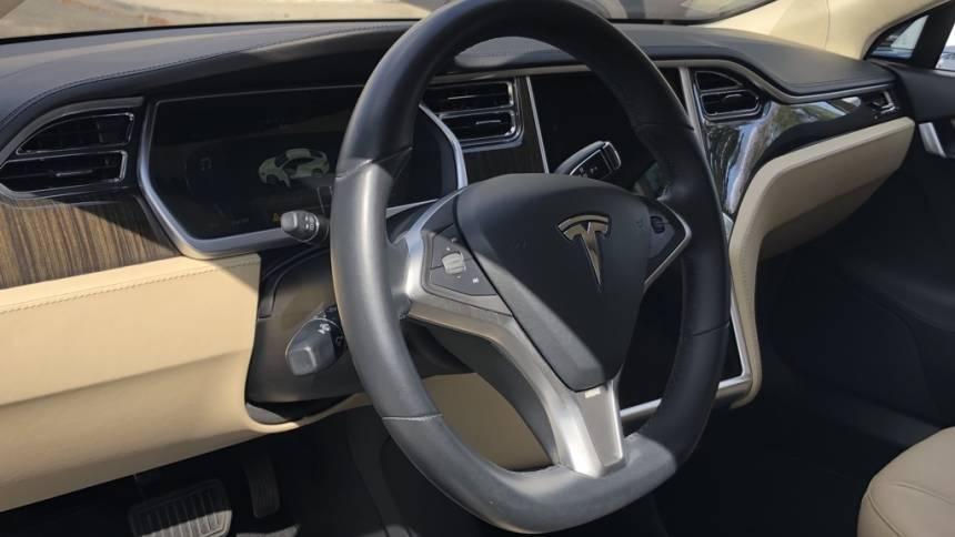 2013 Tesla Model S 5YJSA1AC3DFP10358