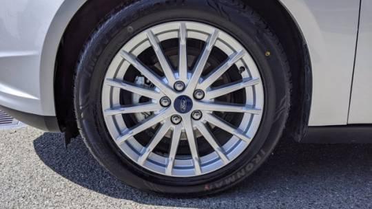 2014 Ford Focus 1FADP3R44EL382761