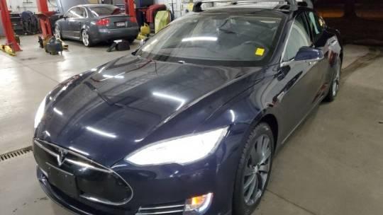 2013 Tesla Model S 5YJSA1CP2DFP16068