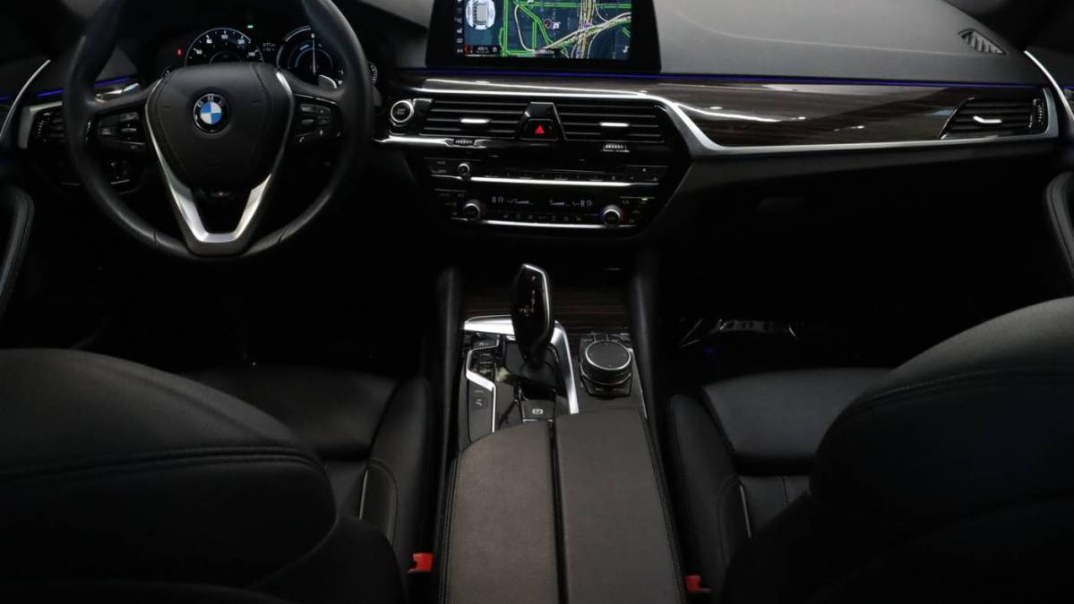 2018 BMW 5 Series WBAJB1C5XJB084231