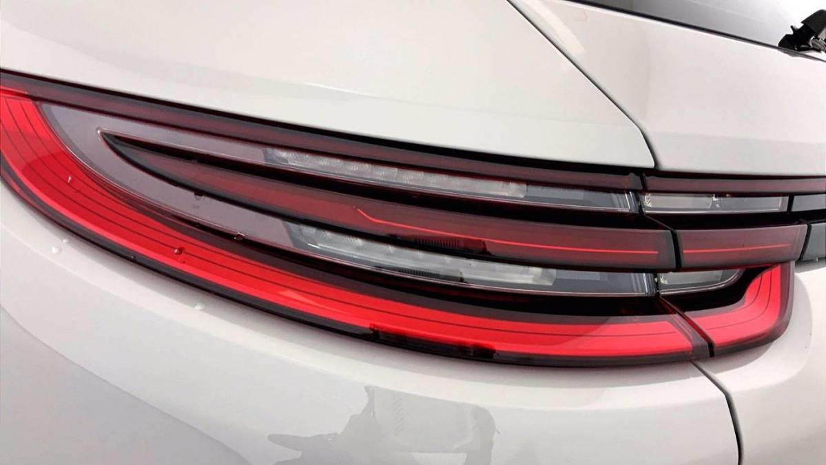 2018 Porsche Panamera WP0CE2A76JL189906