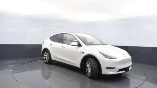 2020 Tesla Model Y 5YJYGDEE0LF049599
