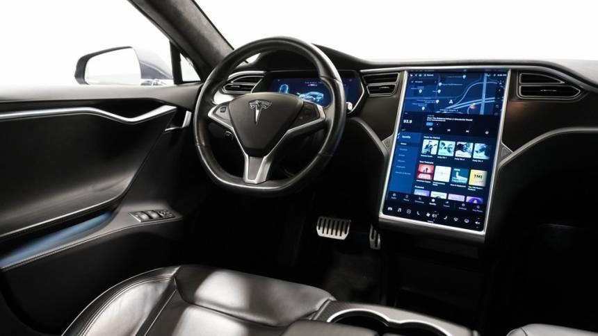 2016 Tesla Model S 5YJSA1E40GF132940