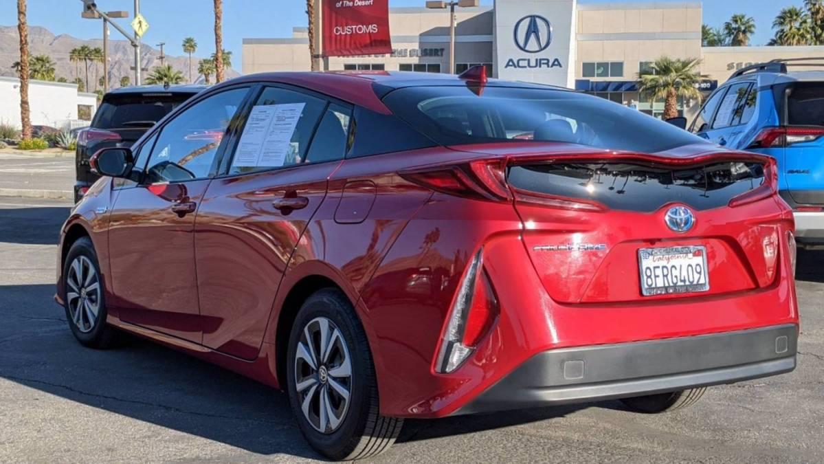 2018 Toyota Prius Prime JTDKARFP1J3086532